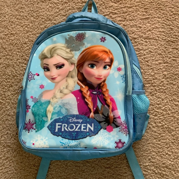 Frozen Elsa and Ana backpack 🎒
